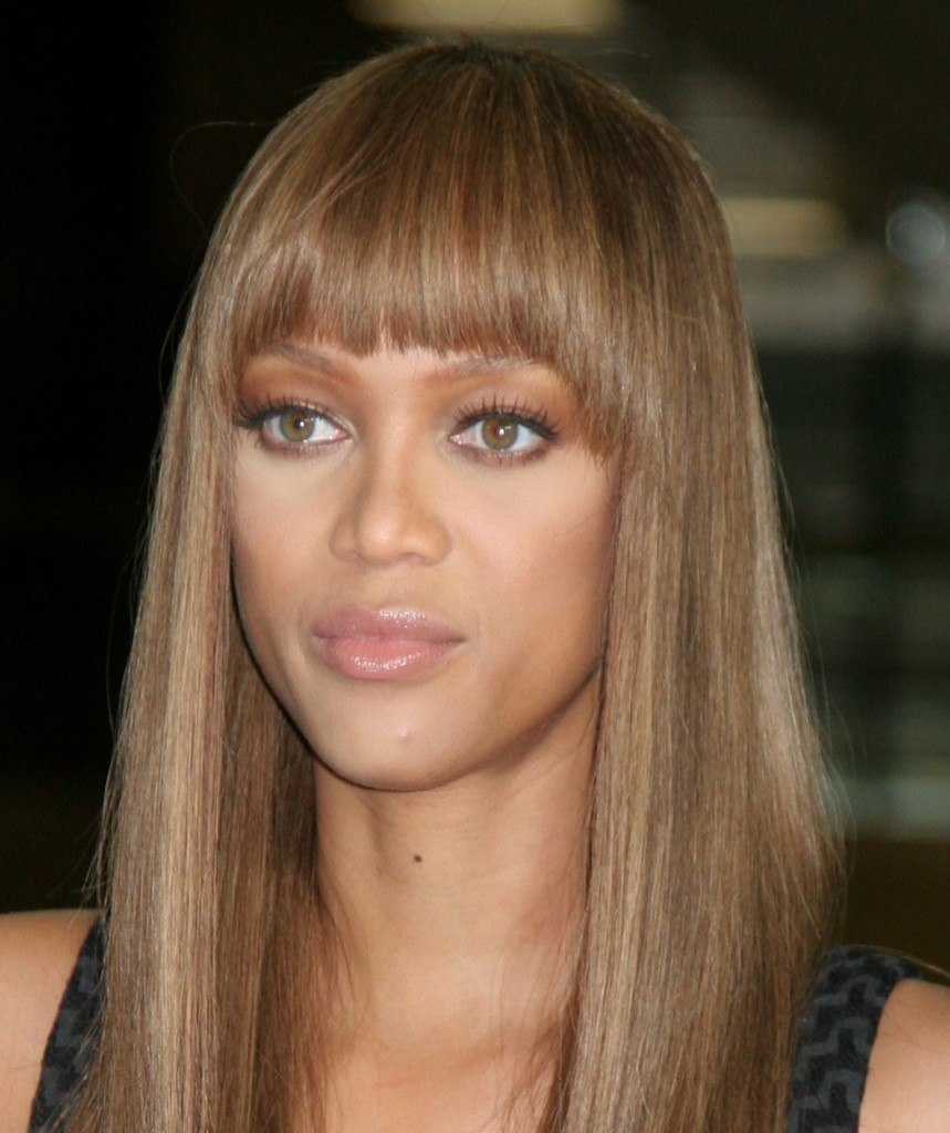popular hairstyles with bangs - 7