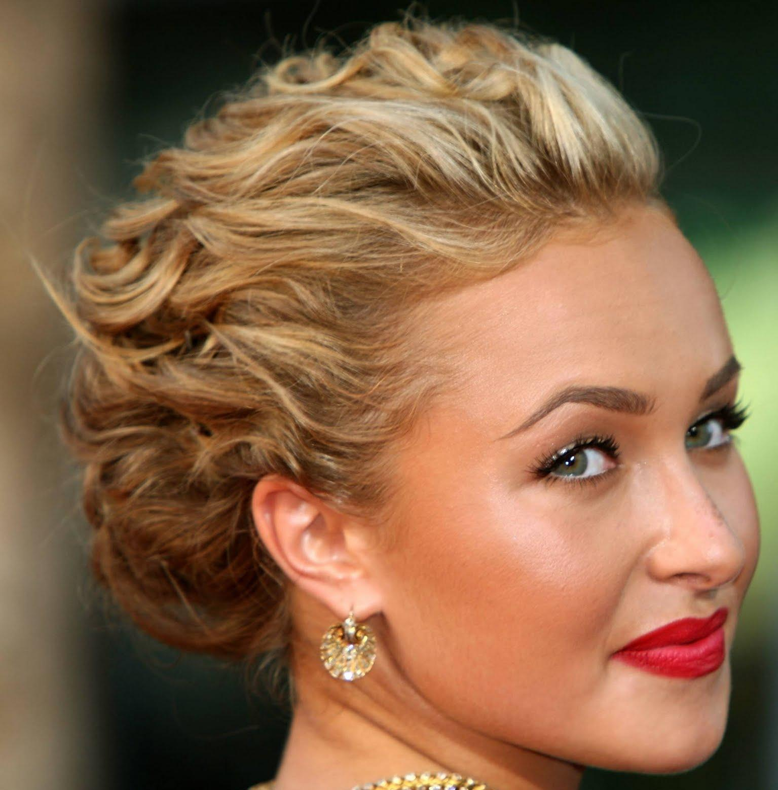 11 Elegant And Effective Prom Hairstyles For Girls With Thin Hair HairStyles Woman