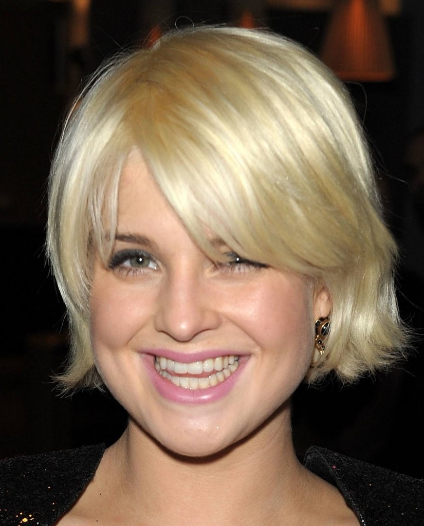 short blonde hairstyles with bangs - 20