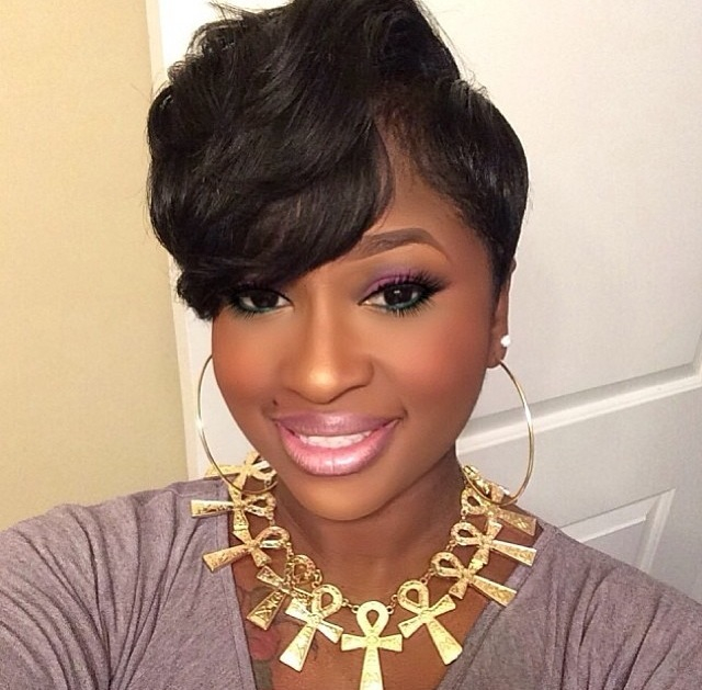 Top 14 Cute Short Hairstyles with Bangs for Black Women