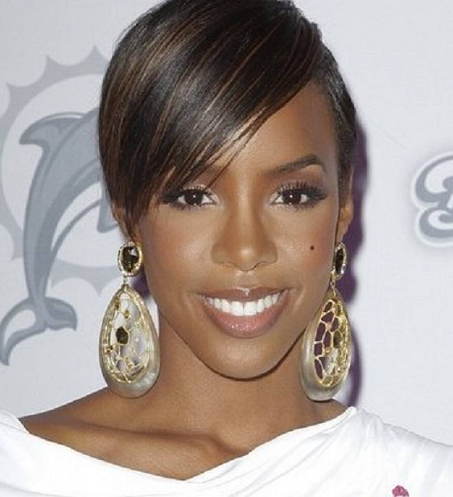 Peachy Top 14 Cute Short Hairstyles With Bangs For Black Women Hairstyles For Women Draintrainus