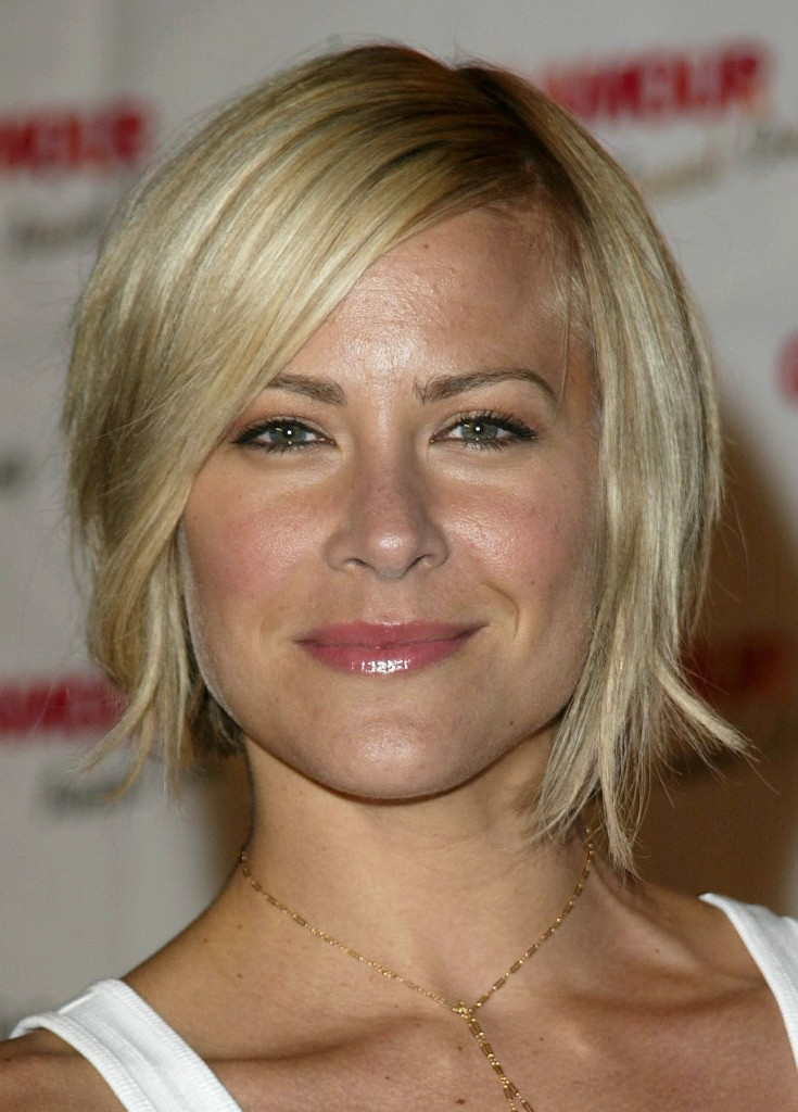 short-natural-blonde-hairstyles-13