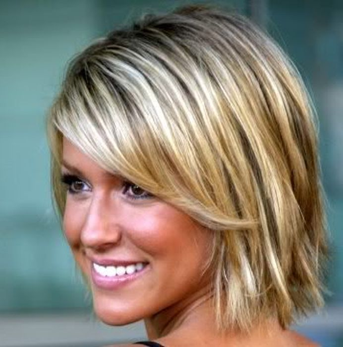 short-natural-blonde-hairstyles-15