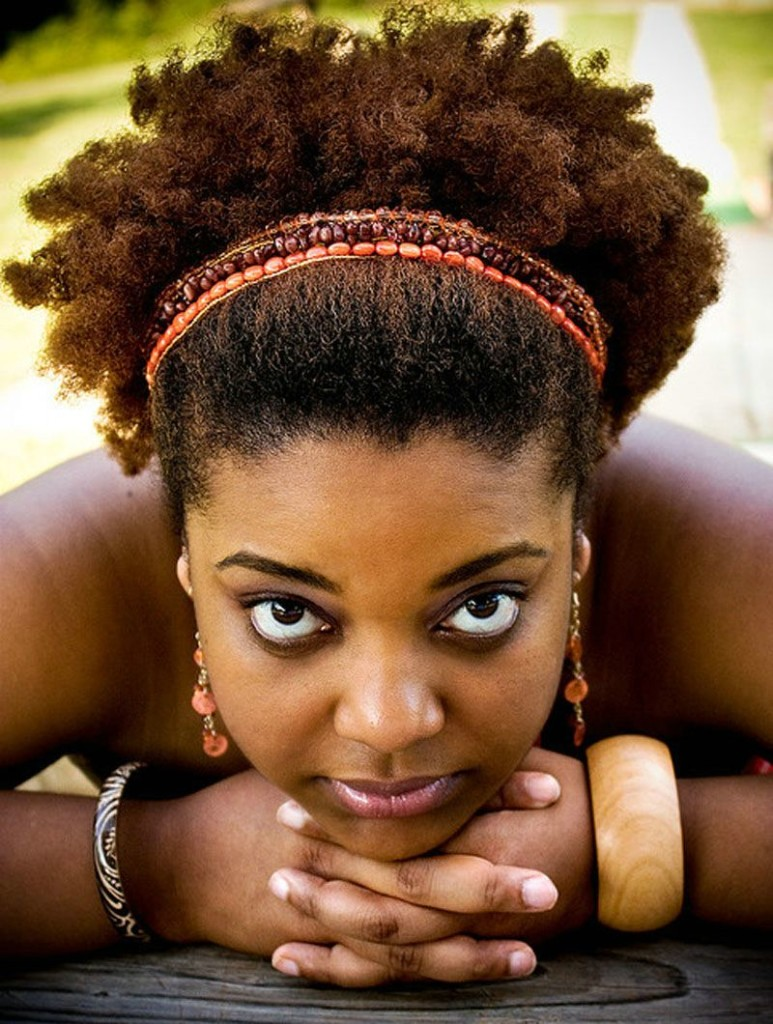 short-natural-hairstyles-for-black-women-29