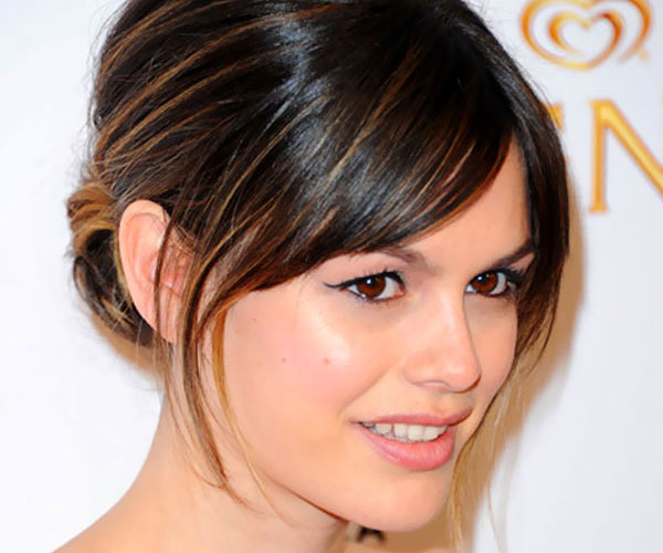 simple-hairstyles-with-bangs-24