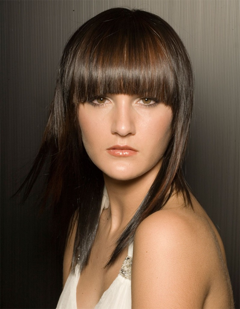 trendy-hairstyles-with-bangs-13