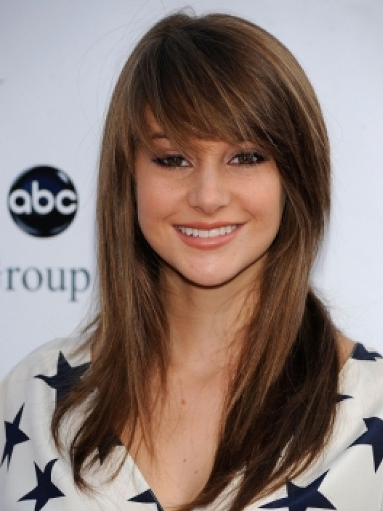 trendy-hairstyles-with-bangs-14