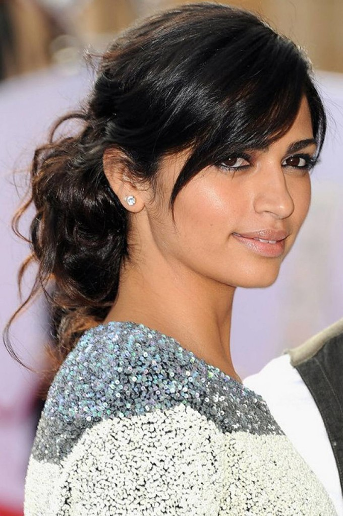 updo-hairstyles-with-bangs-19