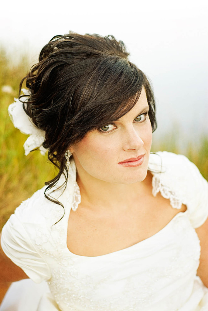 wedding-hairstyles-with-bangs-22