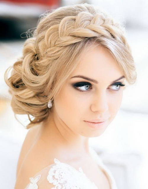 Hairstyles-for-bridesmaids-photo-11