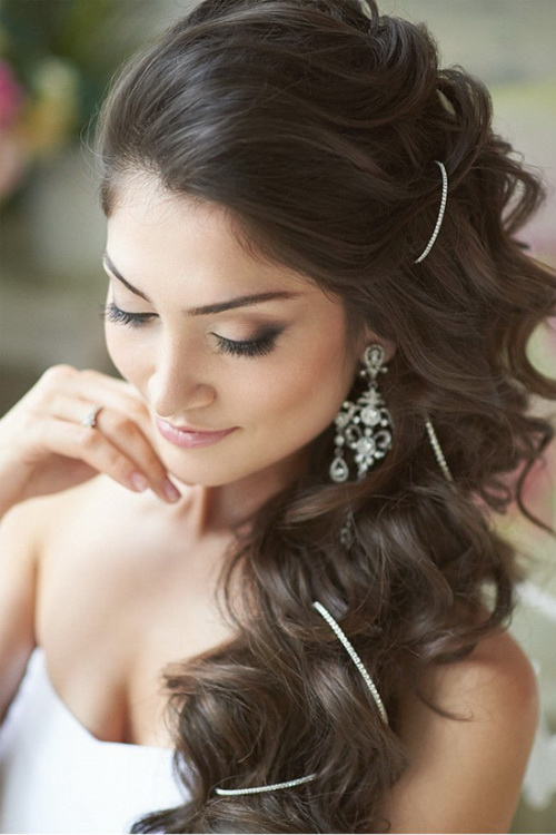 Hairstyles-for-bridesmaids-photo-15