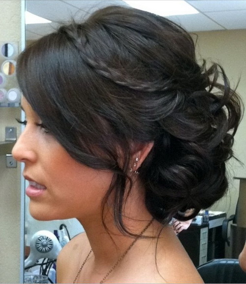 Hairstyles-for-bridesmaids-photo-19
