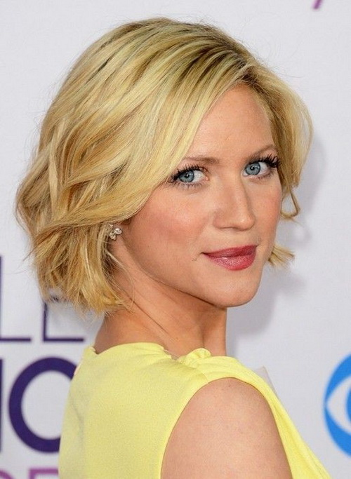 Layered-short-haircuts-photo-11