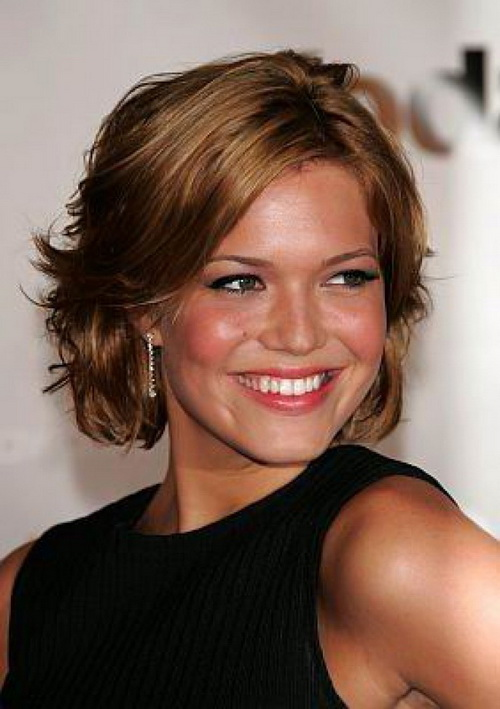 Layered-short-haircuts-photo-17