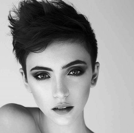 Short-haircuts-for-girls-photo-15