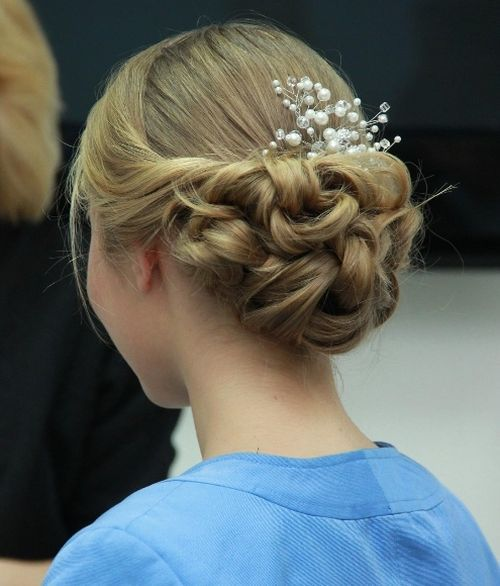 Updos-for-prom-photo-4