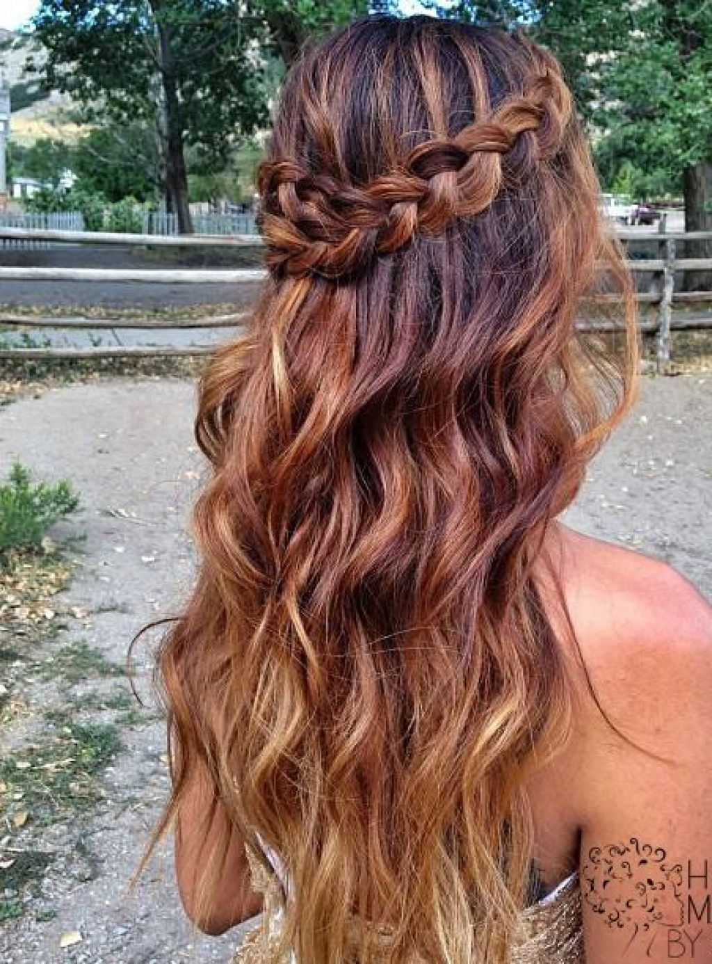 Prom hairstyles – 35 methods to complete your look ...