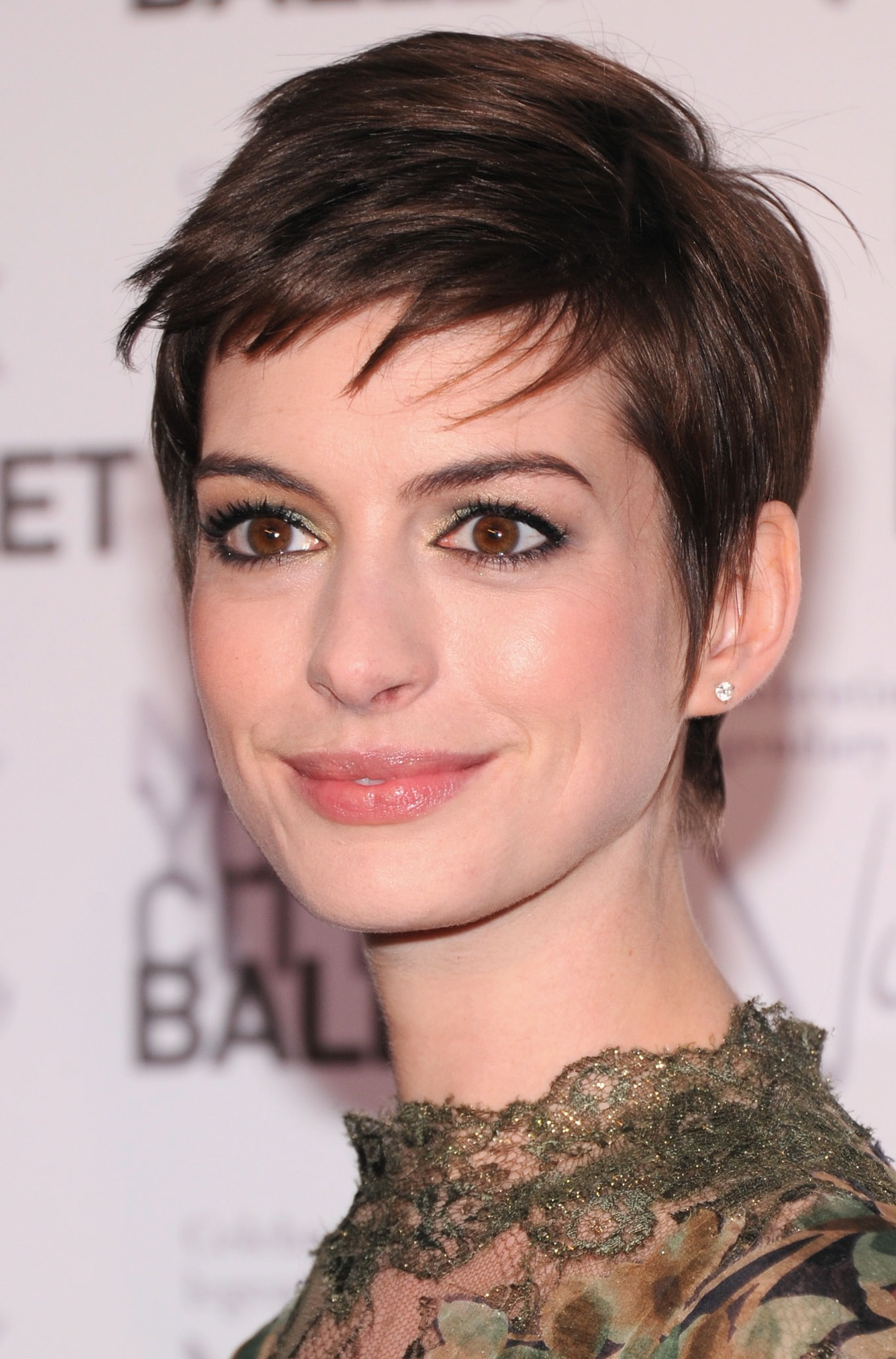 Short hairstyles for women advice for choosing HairStyles