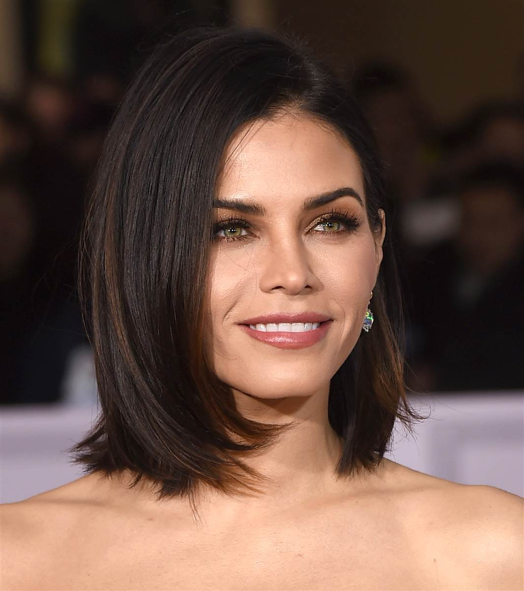 Short Hairstyles Celebrity Women models hairstyle