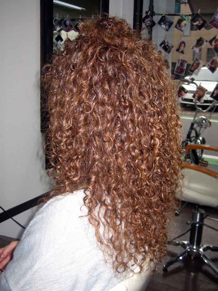 22 Sorts Of Spiral Perm Hairstyles For Woman