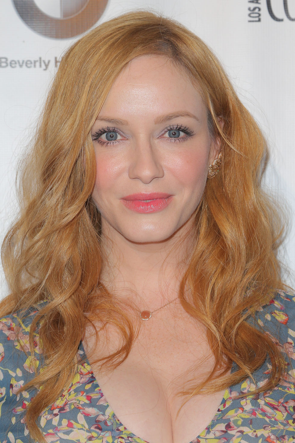 Actresses Over 40 With Blonde Hair Hair Color Ideas And