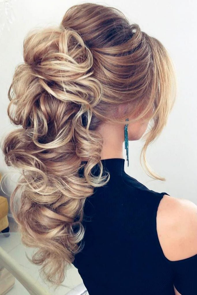 47 Your Best Hairstyle To Feel Good During Your Graduation