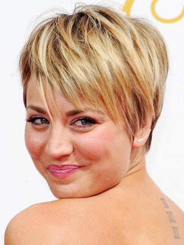 Hair Styles For Women With Thinning Hair: 18 Outstanding Hairstyles For Round Long And Fat Faces