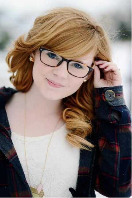 Top 30 HairStyles with Bangs and Glasses, the perfect combination - HairStyles for Women