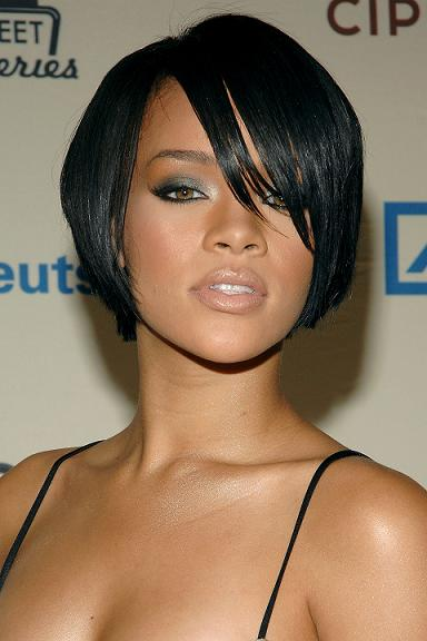 angled bob hairstyles with bangs photo - 1