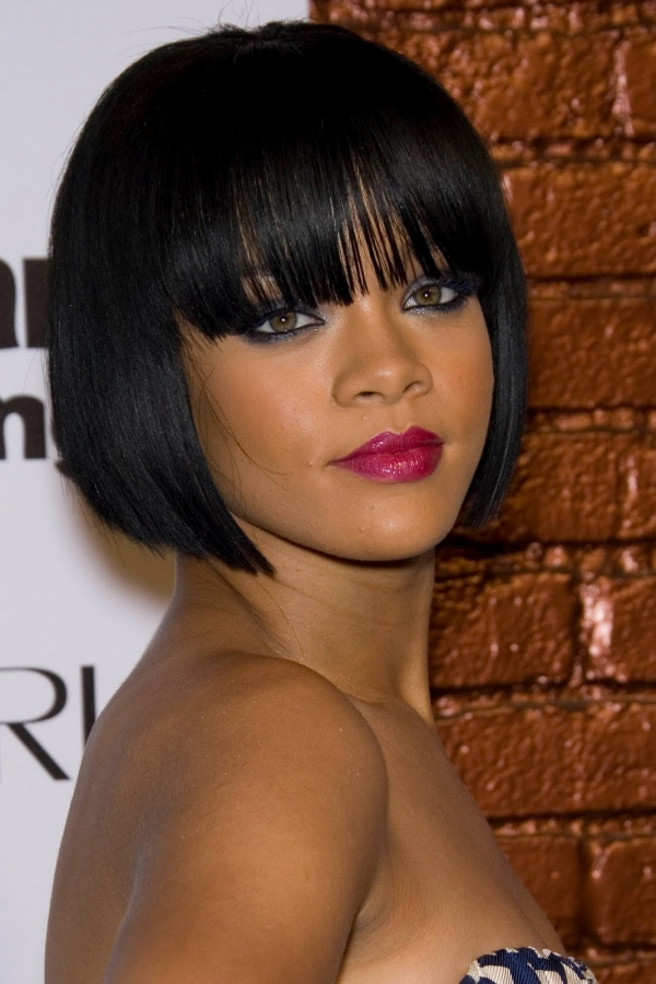 angled bob hairstyles with bangs photo - 5
