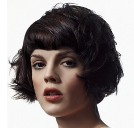 bob hairstyle with bangs photo - 10