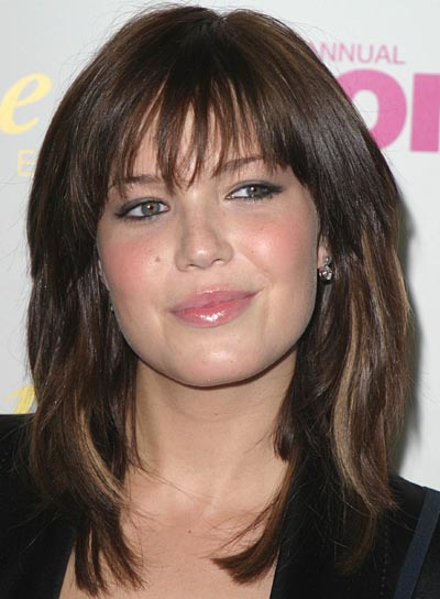 celebrity hairstyles with bangs - 9