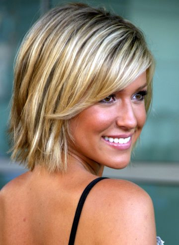 cute hairstyles for medium length hair photo - 7