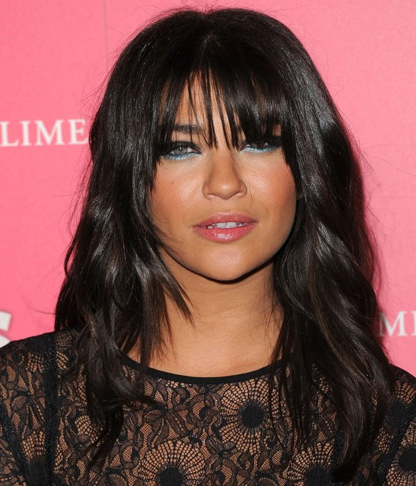 hairstyles for oval faces with bangs photo - 7