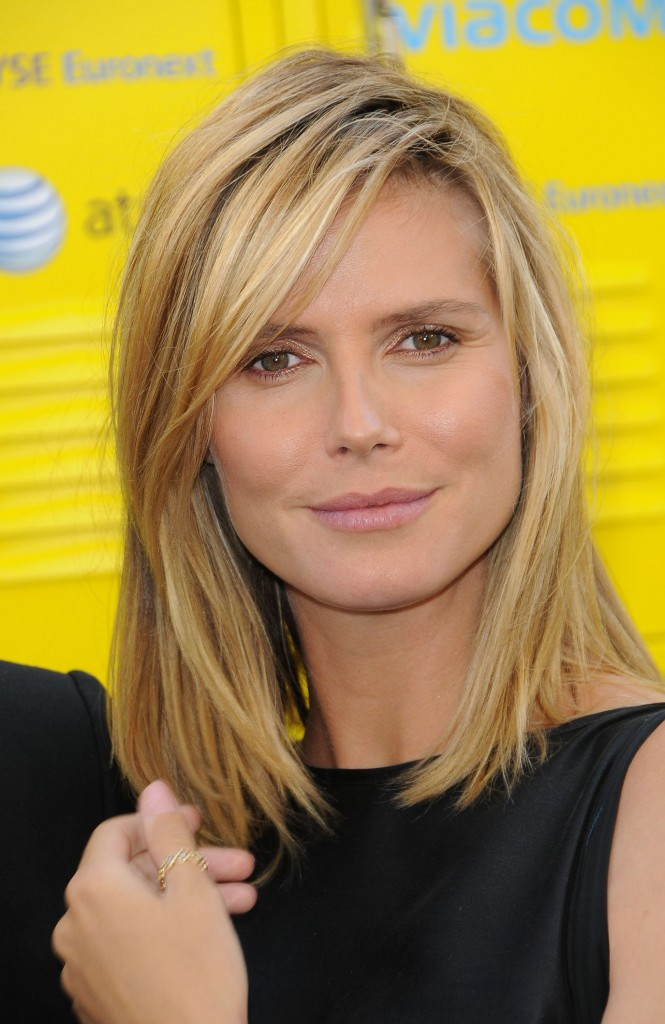 hairstyles for shoulder length hair with bangs photo - 4