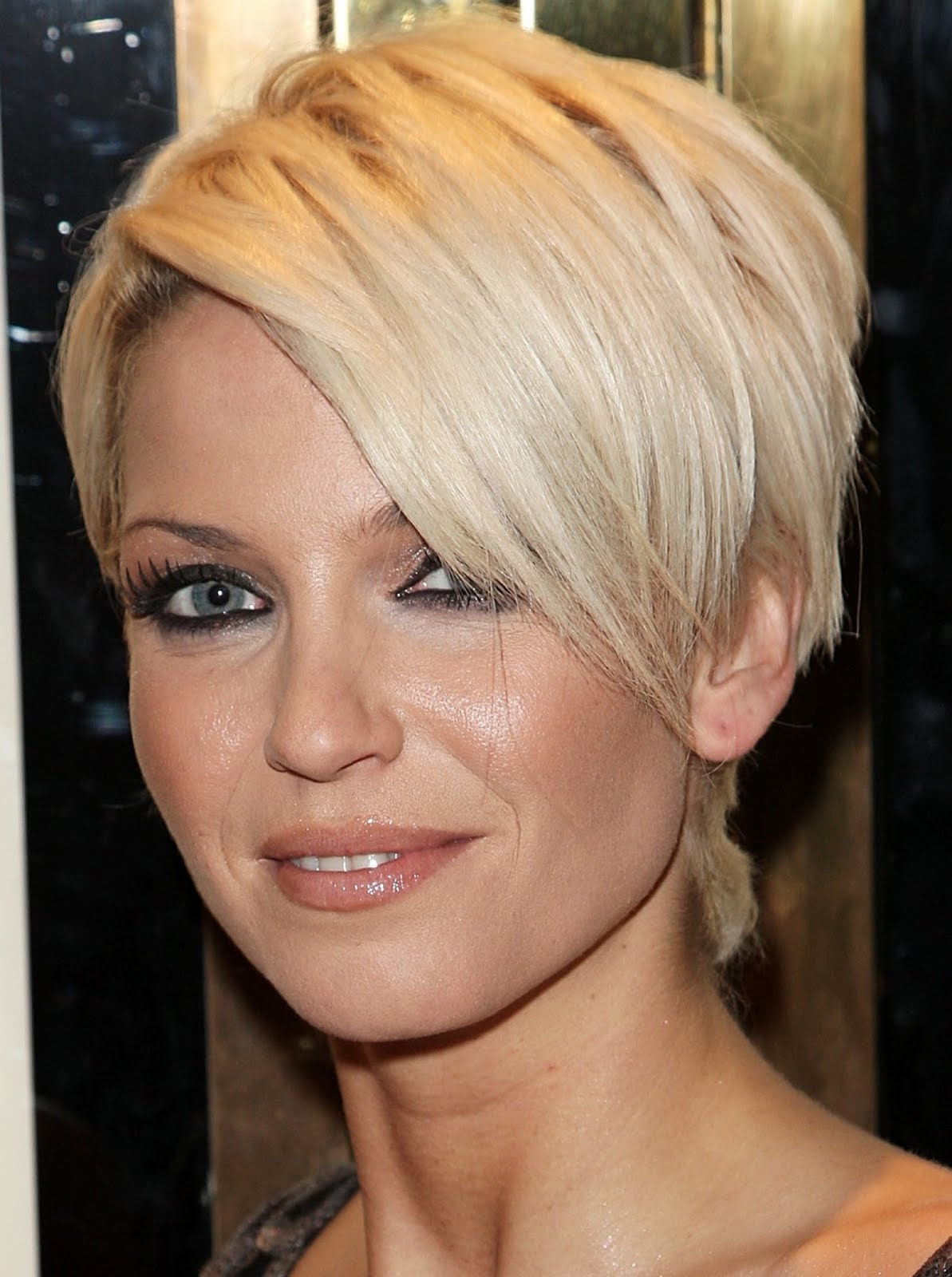 hairstyles for square faces and thin hair photo - 3