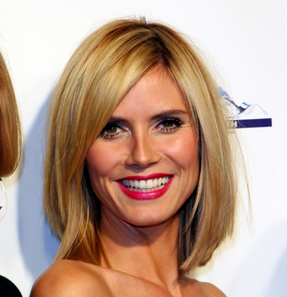 hairstyles for square faces with bangs photo - 10