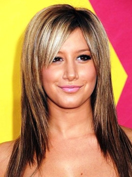 hairstyles for straight hair with bangs photo - 8