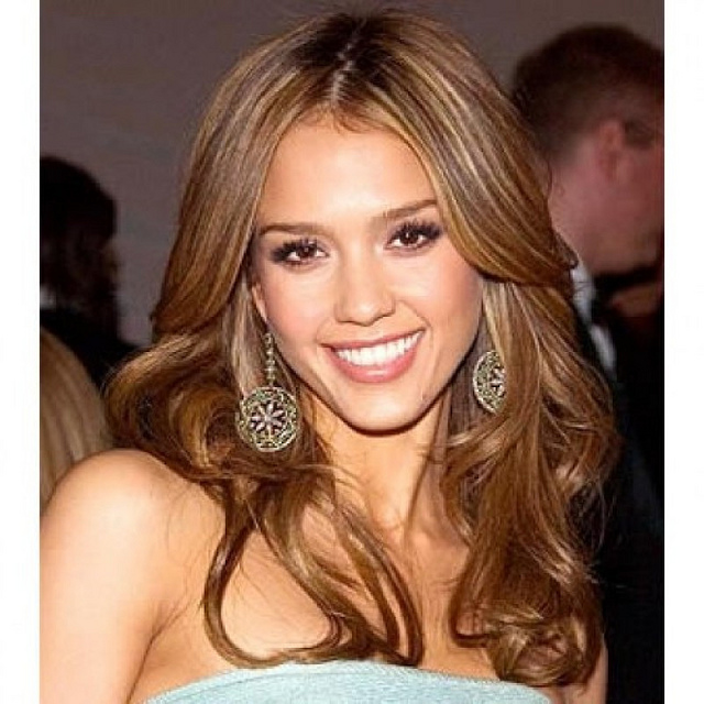 jessica alba hairstyles with bangs photo - 7