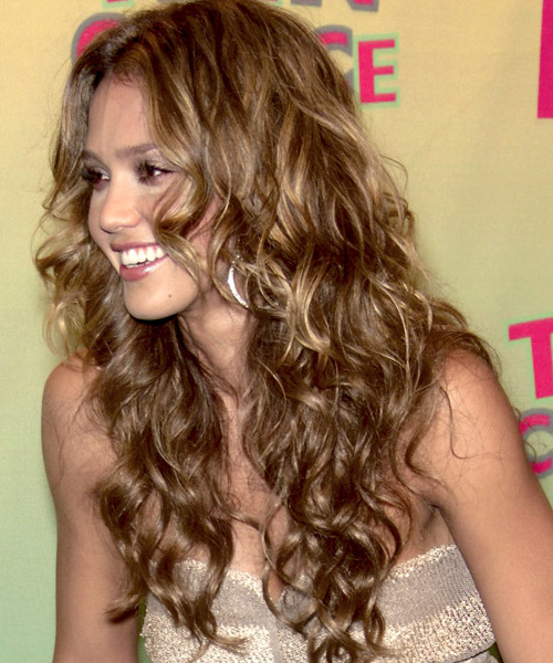 jessica alba hairstyles with bangs photo - 8