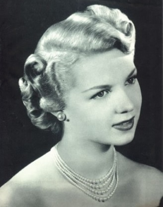 pin up hairstyles photo - 12