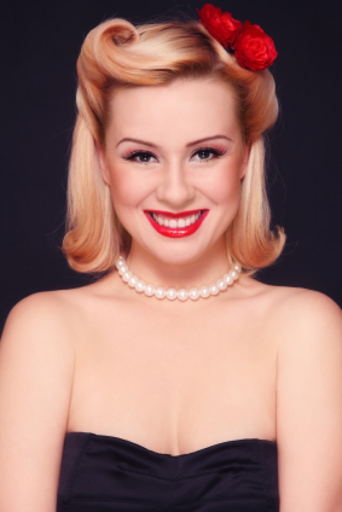 pin up hairstyles photo - 9