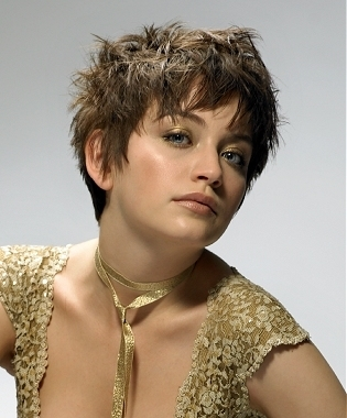 pixie hairstyles with bangs photo - 1