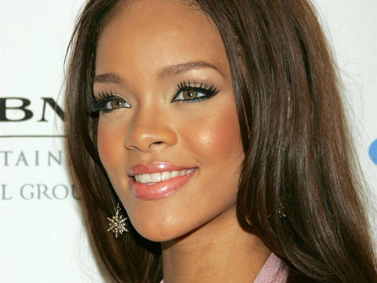rihanna hairstyles photo - 10