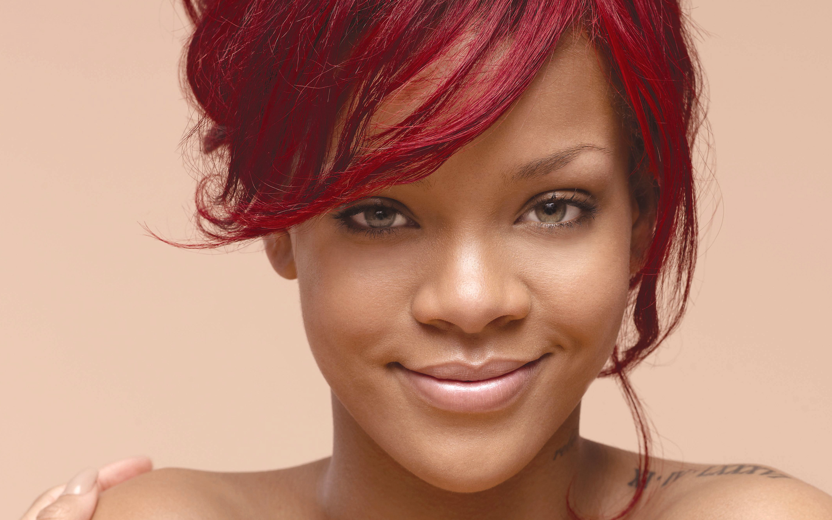 rihanna hairstyles photo - 15