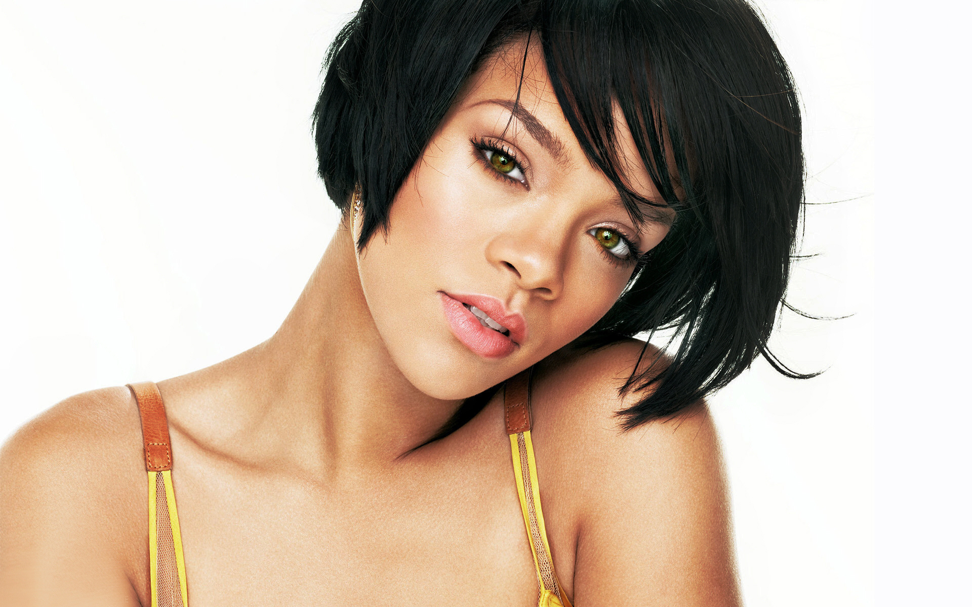 rihanna hairstyles photo - 16
