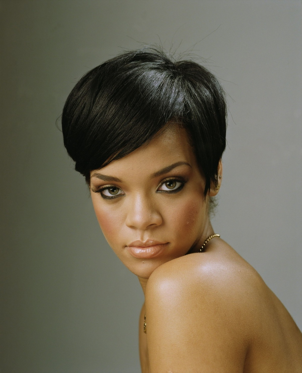 rihanna hairstyles photo - 8
