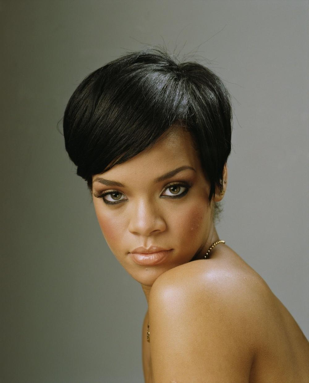Awe Inspiring Top 14 Rihanna Hairstyles For Corporate Ladies Hairstyles For Woman Short Hairstyles For Black Women Fulllsitofus