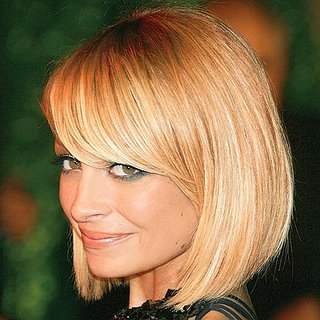 short hairstyles with bangs for round faces photo - 5