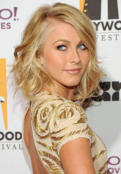 short natural blonde hairstyles photo - 7